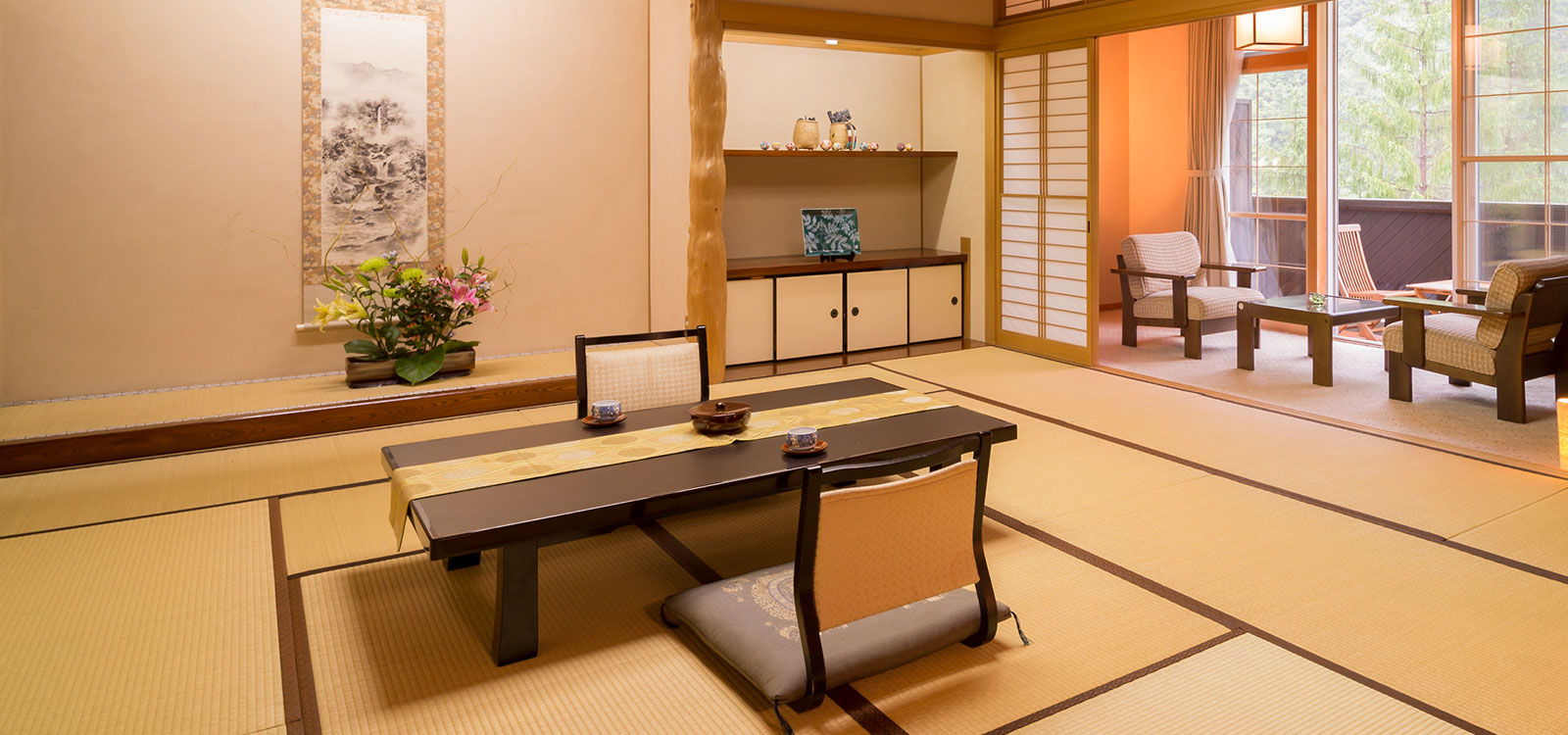 Spacious and comfortable Japanese-style rooms.